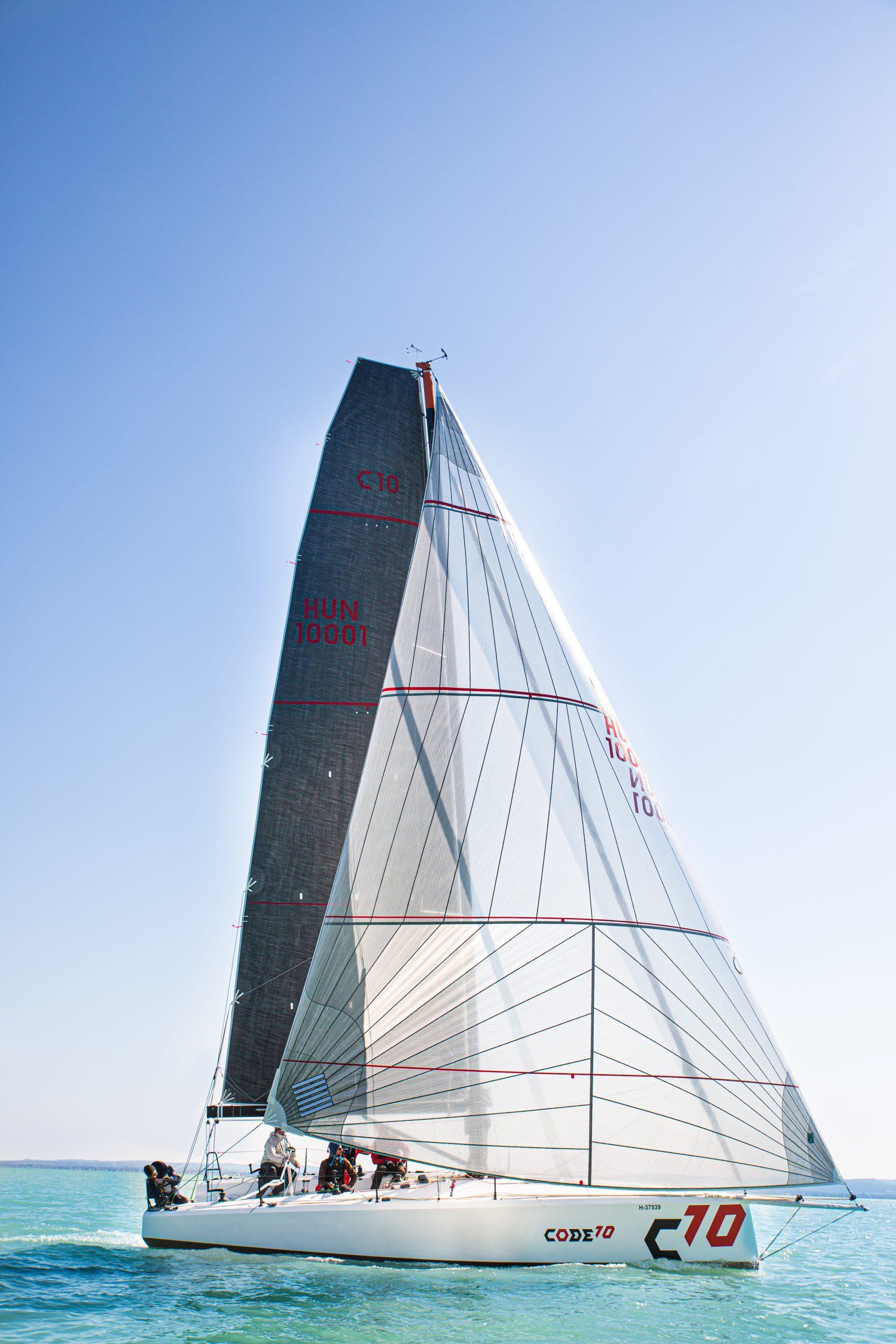 CODE10 sails - Code0
